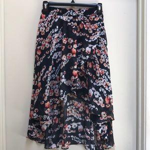 Bebe flower skirt XXS